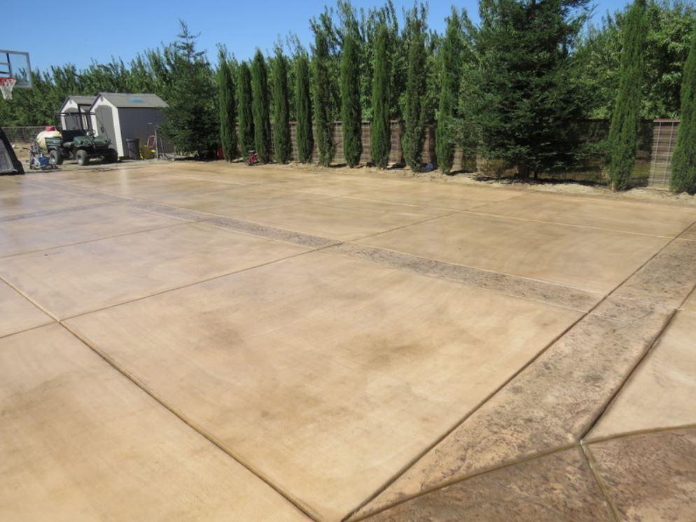 A picture of concrete driveway in Cupertino.